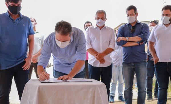 Renan Filho anuncia ampliação do Pró-Estrada em Penedo