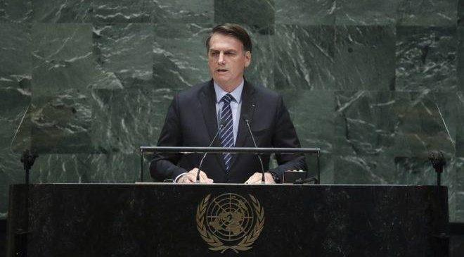 Dando uma de vítima na ONU, Bolsonaro fará discurso que apoiadores querem ouvir