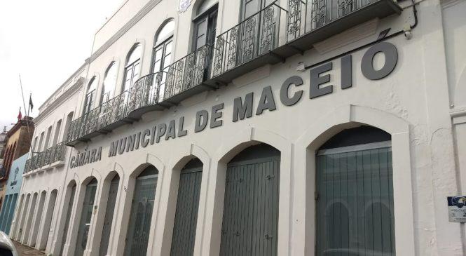 Câmara de Maceió aprova título de cidadão honorário para o presidente Jair Bolsonaro