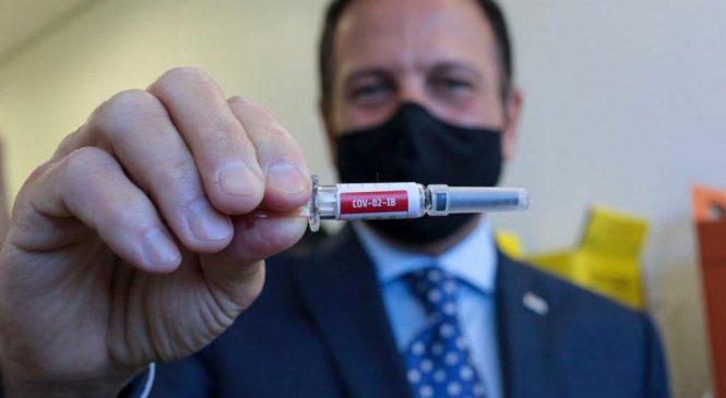 Ministério da Saúde compra de 46 milhões de doses da CoronaVac