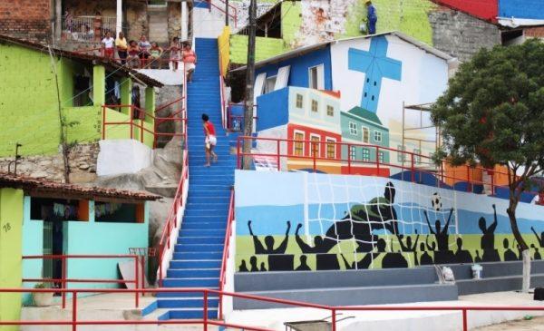 Programa Vida Nova nas Grotas vence prêmio internacional de cidades inteligentes