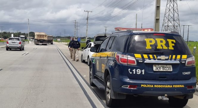 PRF divulga balanço do feriadão, com cinco feridos e uma morte nas estradas