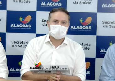 Renan Filho deve anunciar retomada de aulas presenciais para adultos até esta 4ª