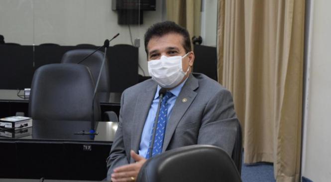 Ricardo Nezinho solicita na ALE reabertura de feiras de animais em Alagoas