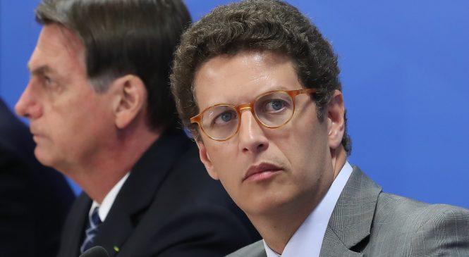 Ministro do Meio Ambiente, Ricardo Salles está com covid-19