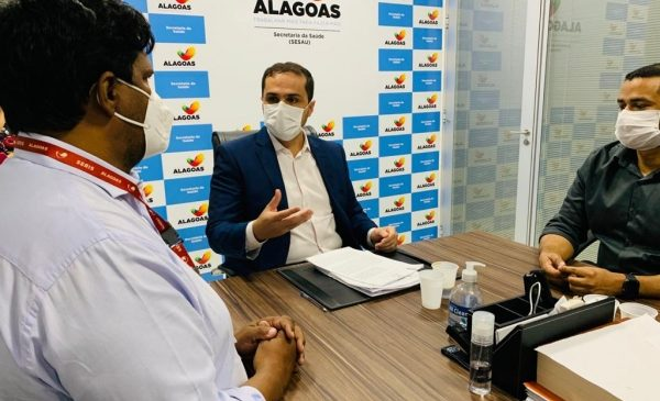 Termo de Cooperação entre Seris e Sesau amplia acesso à saúde no sistema prisional