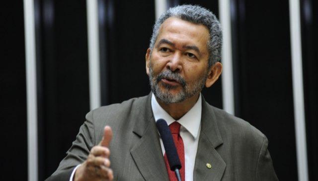Paulão condena disparada de preços em supermercados e diz que inflação está de volta