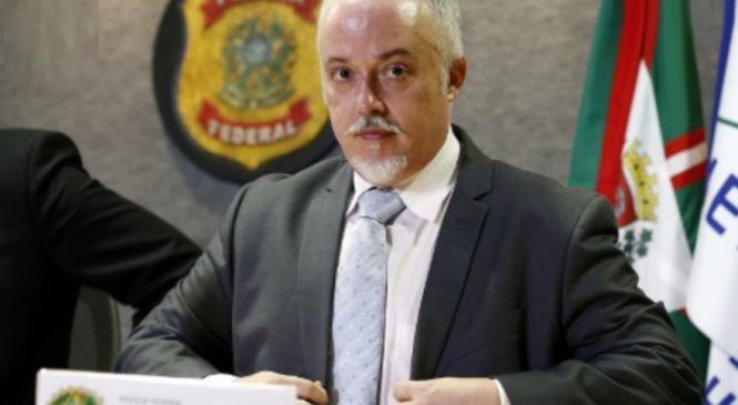 Em artigo no UOL, ex-procurador da Lava Jato é direto: 'Fora Bolsonaro'