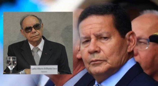 """Em entrevista, Mourão diz que o torturador Ustra era um """"homem de honra"""""""