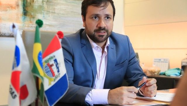 Live falsa: Estão usando dados do presidente da OAB/AL Nivaldo Barbosa para um golpe