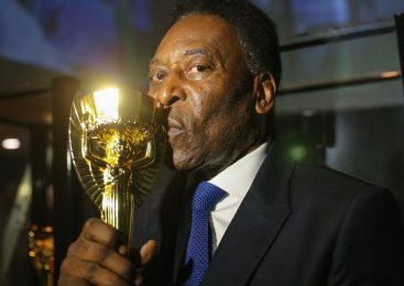 Atleta do século, Pelé completa 80 anos