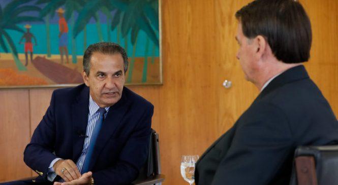 Silas Malafaia diz que Bolsonaro é ridículo e que ele não é um puxa saco