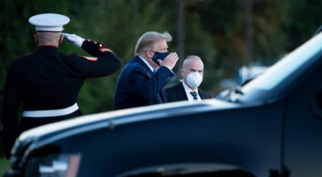 """Situação de Trump é considera preocupante: """"Próximas 48h são vitais"""""""