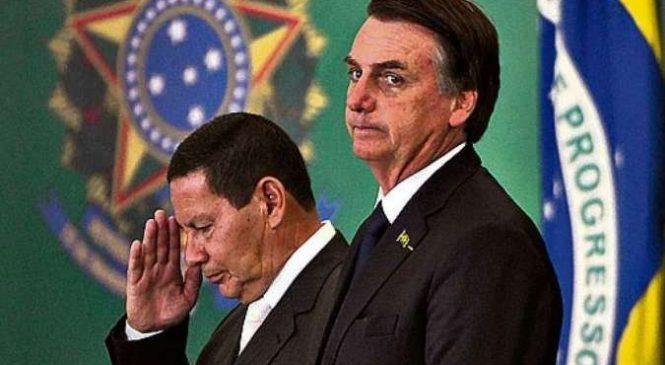 Bolsonaro desmente Mourão e adverte: 'a caneta bic é minha'