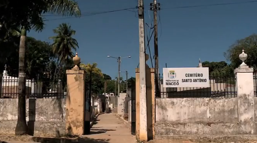 "Cemitério de Bebedouro: o segundo ""enterro"" dos mortos e a esperança dos vivos"