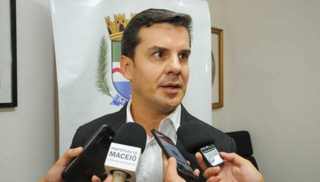 Antônio Moura é exonerado da SMTT após família declarar apoio a JHC