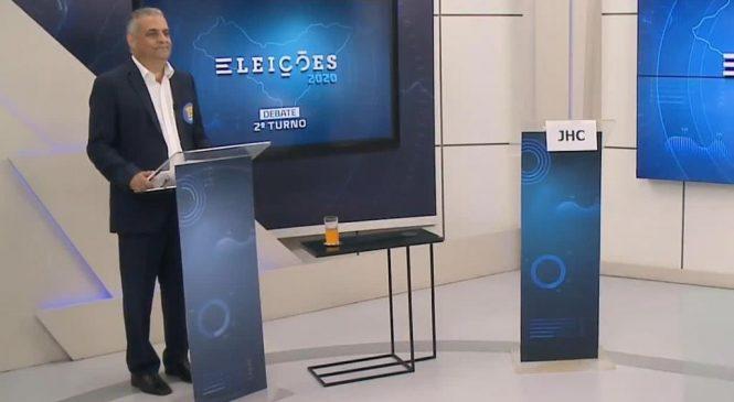 Alfredo Gaspar diz que JHC ofende eleitores ao faltar a debate