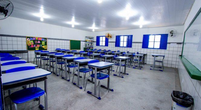 Covid-19: Turmas de alunos com sintomas em escolas particulares de Maceió têm aulas suspensas