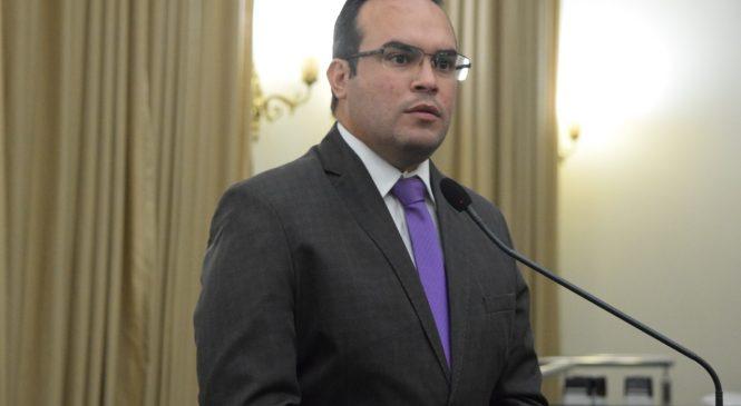 Deputados consideram hipocrisia suspender festas de Réveillon em Alagoas