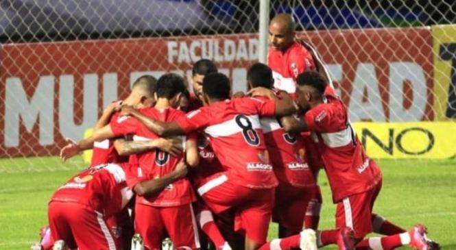 CRB enfrenta Palmeiras nesta quinta pela Copa do Brasil, no Rei Pelé