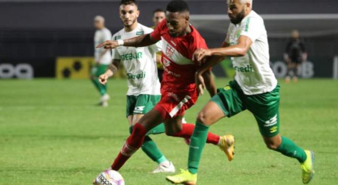 CRB encerra Série B goleando Cuiabá por 4 a 1