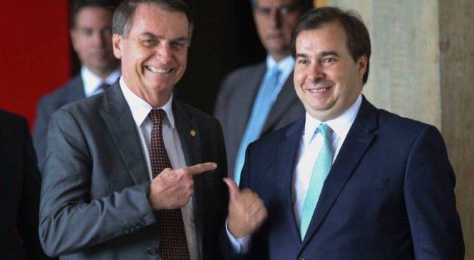 Pressionado em eleição, Maia aos 45 do segundo tempo fala em impeachment de Bolsonaro