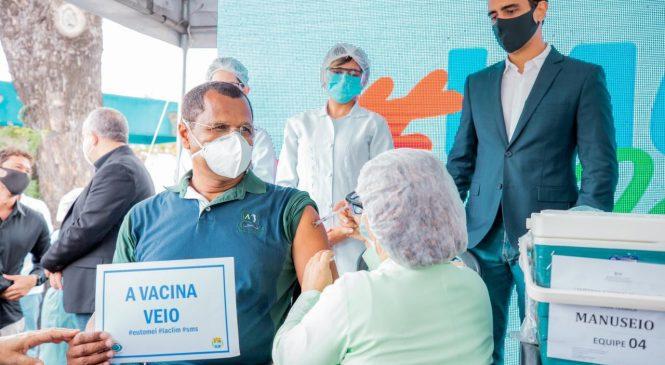 JHC destaca Maceió por estar acima da média nacional de vacinação