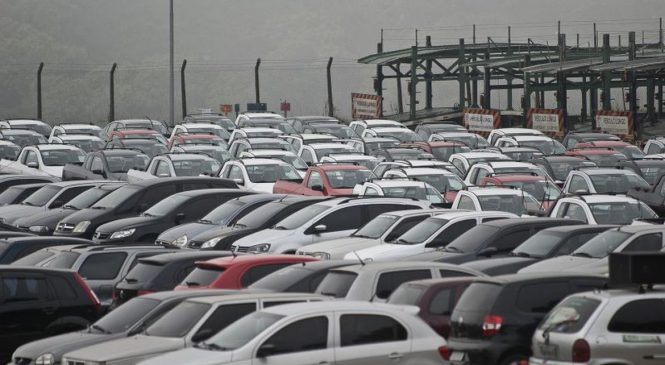 Vendas de veículos têm queda de 21,6% em 2020