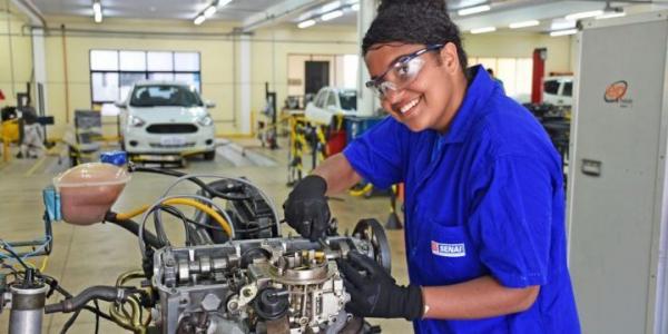 Senai está com matrículas abertas para diversos cursos técnicos
