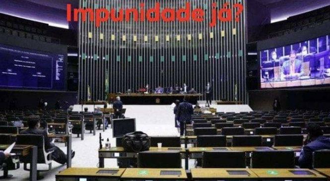 PEC garante impunidade e salvo conduto para parlamentares flagrados no crime