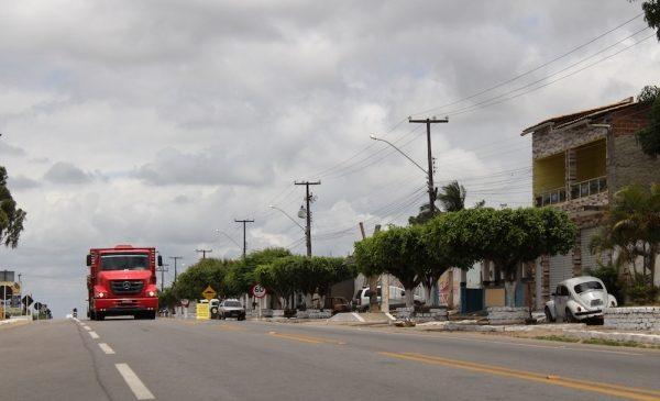 Renan Filho autoriza duplicação da rodovia que liga Arapiraca a São Sebastião nesta segunda