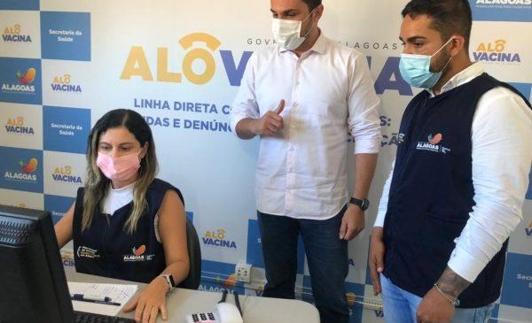 Alô Vacina: canal do Governo de AL tira dúvida e recebe denúncia sobre imunização contra a Covid-19