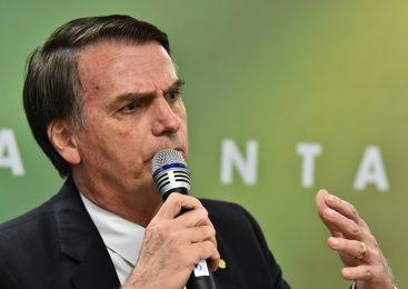 """Com Brasil batendo recordes de mortes, Bolsonaro critica OMS e fala em """"frescura"""" e """"mimimi"""""""