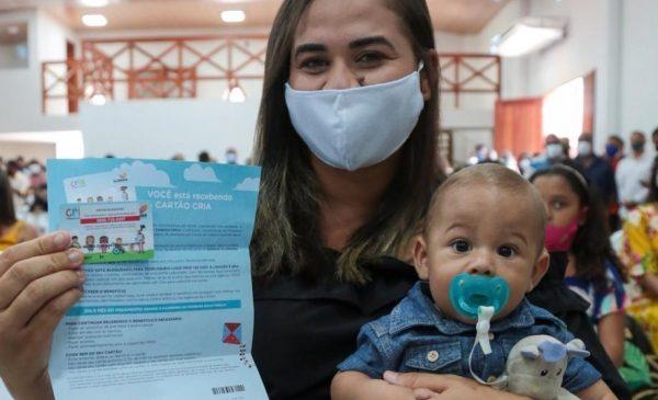 Cartão CRIA é entregue a 282 famílias da região norte de Alagoas