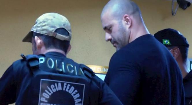 """Com Fux no STF pregando contra """"alforria"""", Câmara vota sobre prisão de Daniel Silveira"""