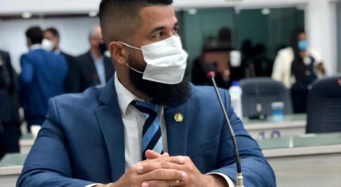 Vereador Delegado Fábio Costa solicita reabertura dos cinemas em Alagoas