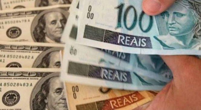 Câmara aprova dólar em contas brasileiras e facilita o uso do real em transações internacionais