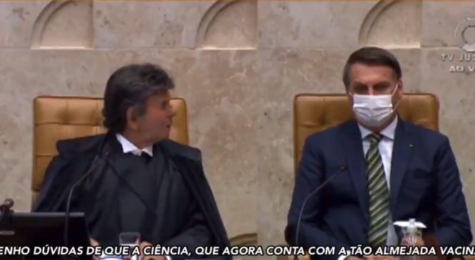 Do lado de Bolsonaro, presidente do STF critica negacionismo nesta pandemia