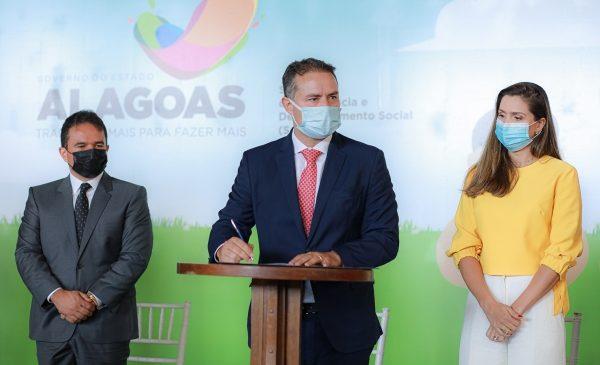Renan Filho confirma construção de 200 novas creches