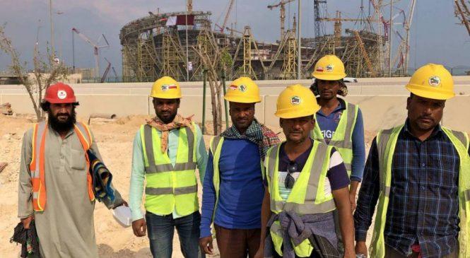 Mais de 6.500 trabalhadores migrantes já morreram no Catar nas obras da Copa do Mundo