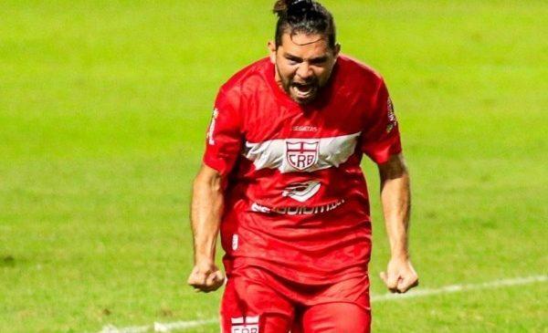 CRB renova contrato de Diego Torres e deixa torcida animada