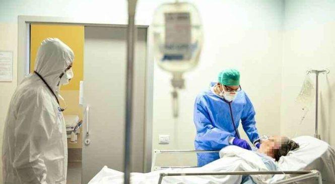 Médico é preso acusado de matar pacientes de Covid para liberar leitos