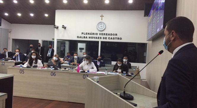 Câmara derruba 14 dos 26 vetos de JHC
