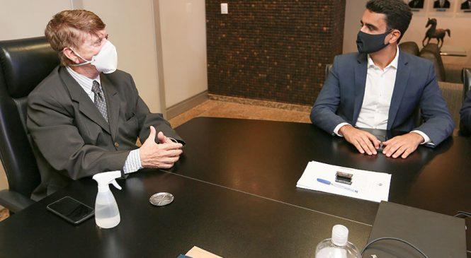 JHC se reúne com presidente do TJ/AL para legalizar imóveis em Maceió