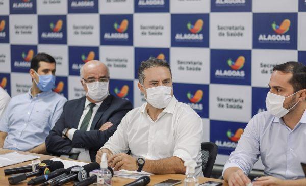 Chegam as vacinas para 64 e 63 anos de idade, anuncia Renan Filho