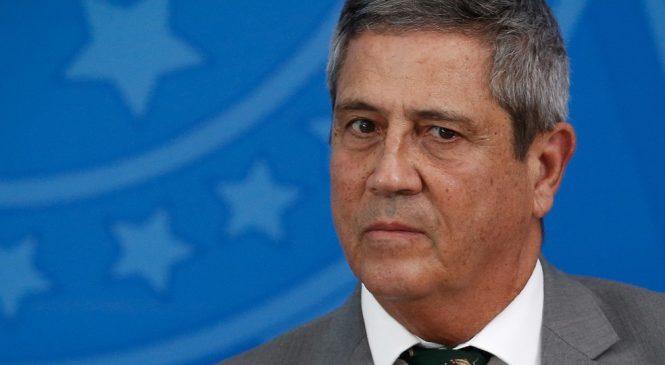 Ministro Braga Netto recebe alta da Santa Casa e volta à Brasília