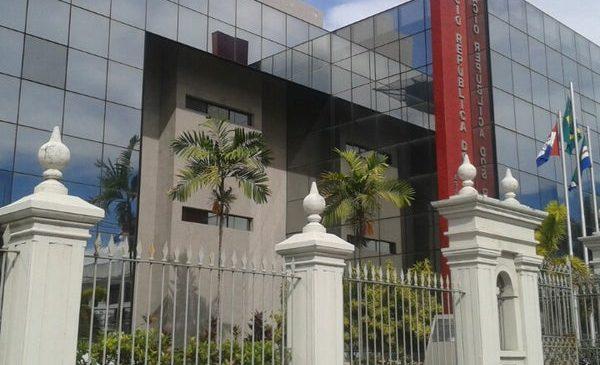 Palácio não sinaliza sobre candidato ao governo, mas JHC e Lira já têm os seus