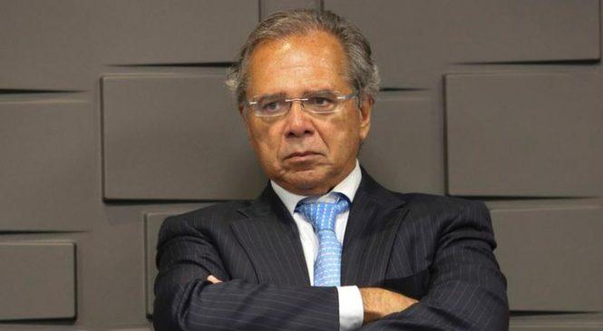 Centrão humilha Paulo Guedes e coloca governo na farra com R$ 125 bilhões