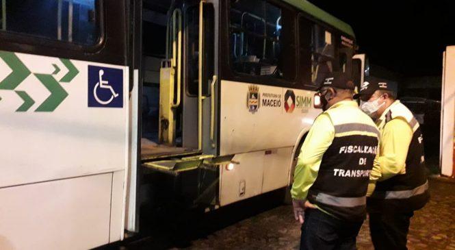 Quase 20 ônibus são reprovados em fiscalização da SMTT