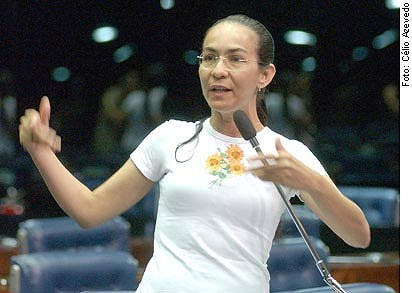 Ex-senadora Heloísa Helena volta ao senado, agora como servidora comissionada